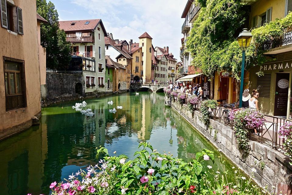 Choisir un bon hôtel à Annecy